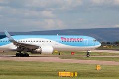 767 boeing thomson Royaltyfria Foton