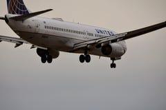 Boeing uni entrant pour un atterrissage image libre de droits