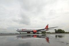 Boeing 757 Vimflygbolag i parkeringsplatsen, Arkivfoton