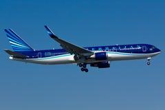 Boeing 767 Vliegtuig stock foto's