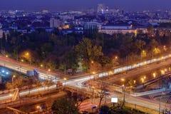 Boekarest bij nacht Stock Afbeeldingen