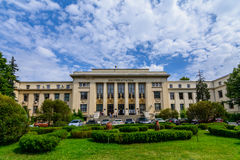 BOEKAREST, ROEMENIË - JUNI 28: De Universiteit van de Wetsschool op 28 Juni, 2015 in Boekarest, Roemenië De Wetsschool werd opger Stock Foto