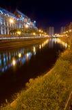 Boekarest 's nachts - Paleis van Rechtvaardigheid Stock Foto