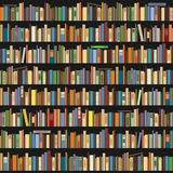 Boeken die zich op een rij op een donkere achtergrond bevinden Royalty-vrije Stock Fotografie