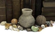 Boeken en Artefacten Stock Foto