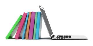 Boeken en laptop Stock Foto's