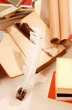 Boeken en schacht en inkt goed royalty-vrije stock afbeelding