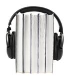 Boeken met hoofdtelefoons op geïsoleerd Royalty-vrije Stock Afbeeldingen