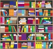Boekenrekachtergrond Plankenhoogtepunt van kleurrijke boeken Huisbibliotheek met boeken Vector dichte omhooggaande illustratie De stock afbeeldingen