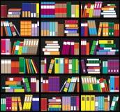 Boekenrekachtergrond Plankenhoogtepunt van kleurrijke boeken Huisbibliotheek met boeken Vector dichte omhooggaande illustratie De Royalty-vrije Stock Foto