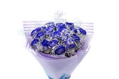 Boeket van blauwe die rozen, op wit wordt geïsoleerd royalty-vrije stock fotografie