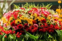 Boeket van bloemenregelingen voor decoratie Royalty-vrije Stock Foto