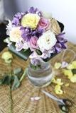 Boeket van diverse bloemen Royalty-vrije Stock Foto's