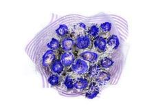 Boeket van eenentwintig blauwe die rozen, op wit wordt geïsoleerd royalty-vrije stock foto