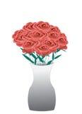 Boeket van rode rozen in een vaas Stock Fotografie