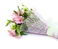 Boeket van roze en groene bloemen royalty-vrije stock afbeeldingen