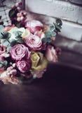 Boeket van roze en witte rozen Stock Foto
