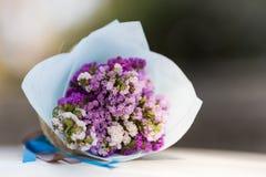 Boeket van rozen op uw huwelijksdag Stock Afbeeldingen