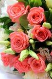 Boeket van rozen op witte achtergrond Royalty-vrije Stock Foto's
