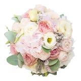 Boeket van zachte die bloemen in de doos op witte achtergrond wordt geïsoleerd Stock Afbeeldingen