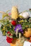 boeketten van bloemen en kruiden Stock Fotografie