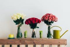 Boeketten van rozen Royalty-vrije Stock Foto's