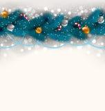 Bożenarodzeniowa dekoracja z jedlinowymi gałąź, szklanymi piłkami ca i cukierki, Fotografia Stock