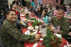 Bożenarodzeniowy gość restauracji dla USA żołnierzy przy Rannym wojownika centrum, Obozowy Pendleton, północ San Diego, Kaliforni Fotografia Stock