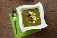 Boerenkool-aardappel Soep met Amandel Royalty-vrije Stock Afbeelding