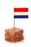 boerenmetworst mit einem holländischen Markierungsfahne Toothpick stockfotos