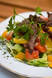 Boeuf grillé avec des légumes Images libres de droits