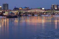 Bogdan Khmelnitsky Bridge, Moskou, Rusland stock afbeeldingen