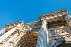 Bogen des Friedens in Mailand Mailand, ACRO-della Schritt Stockfotos