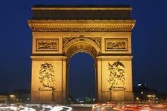 Bogen des Triumphes nachts, Paris, Frankreich Stockbild
