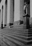 Bogen en standbeelden van het Hasselblad-Centrum, Gothenburg Zweden royalty-vrije stock foto