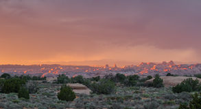 Bogen en torens de woestijnzonsondergang van Utah Stock Fotografie