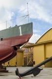 Bogen- und Torpedoluke auf antikem Unterseeboot Stockfotografie