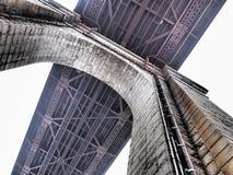 Bogen von Ed Koch Queensboro Bridge, unter Brücke lizenzfreie stockfotografie
