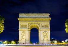 Bogen von Triumph nachts, Paris Lizenzfreies Stockfoto