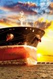 Bogenanker auf Schiff stockfotos