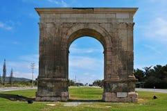 Bogende Bera, ein alter römischer Triumphbogen in Roda De Bera, SP Stockfoto