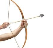 Bogenschütze, der sich vorbereitet, Pfeil freizugeben Stockfotografie