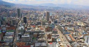 Bogota Antonio Narino en het satellietbeeld van Martelarendistricten stock videobeelden