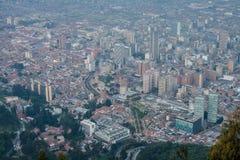 Bogota im Stadtzentrum gelegen von der Spitze Lizenzfreies Stockfoto