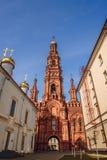 Bogoyavlensky主教的座位钟楼  免版税库存照片