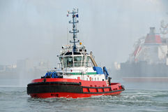 Bogserbåt i Rotterdam Arkivbilder