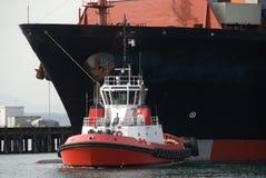bogserbåtarbete Royaltyfri Foto