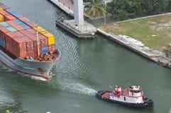Bogserbåthandbokpråm Royaltyfria Foton