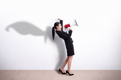 Bohater biznesowej kobiety krzyczeć Obrazy Royalty Free