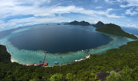Bohey Dulang海岛峰顶  免版税库存照片